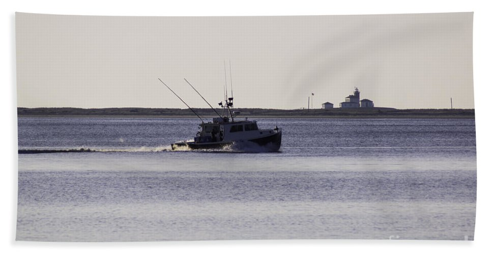 Boat Hand Towel featuring the photograph Running Out by Joe Geraci