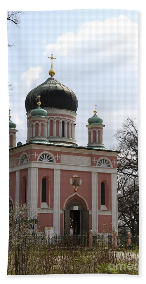 Church Hand Towel featuring the photograph Russian Church by Christiane Schulze Art And Photography