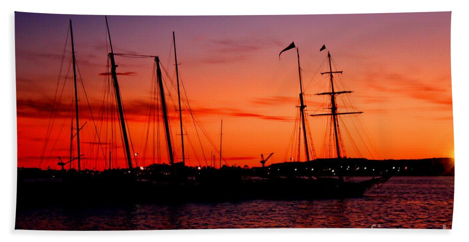 San Diego Hand Towel featuring the photograph San Diego Harbor Sunset by Tommy Anderson