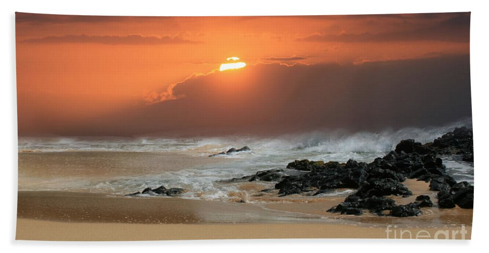 Aloha Hand Towel featuring the photograph Song Of The Sea by Sharon Mau