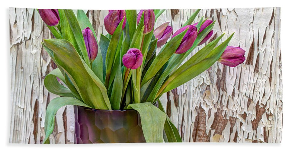 Tulip Hand Towel featuring the photograph Spring Delight by Heidi Smith