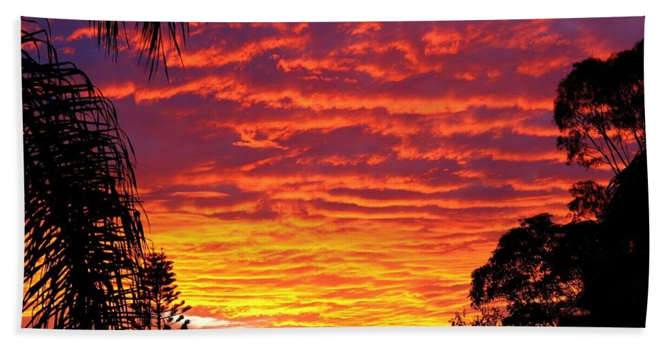 Sun Hand Towel featuring the photograph Stunning Sunset by Darren Burton