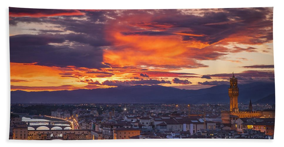 Sunset Bath Sheet featuring the photograph Sunset Over Florence by Brian Jannsen