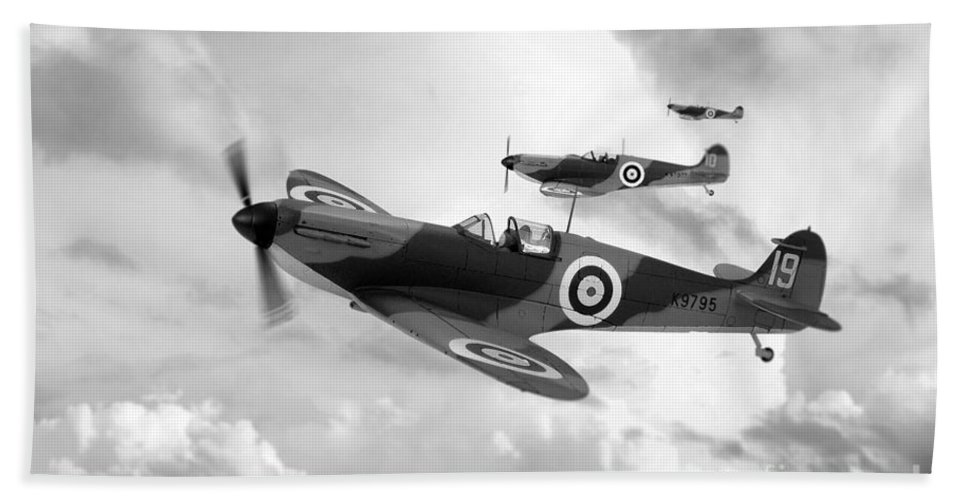 Supermarine Spitfire Mk I Hand Towel featuring the digital art Supermarine Spitfire Mk I by J Biggadike