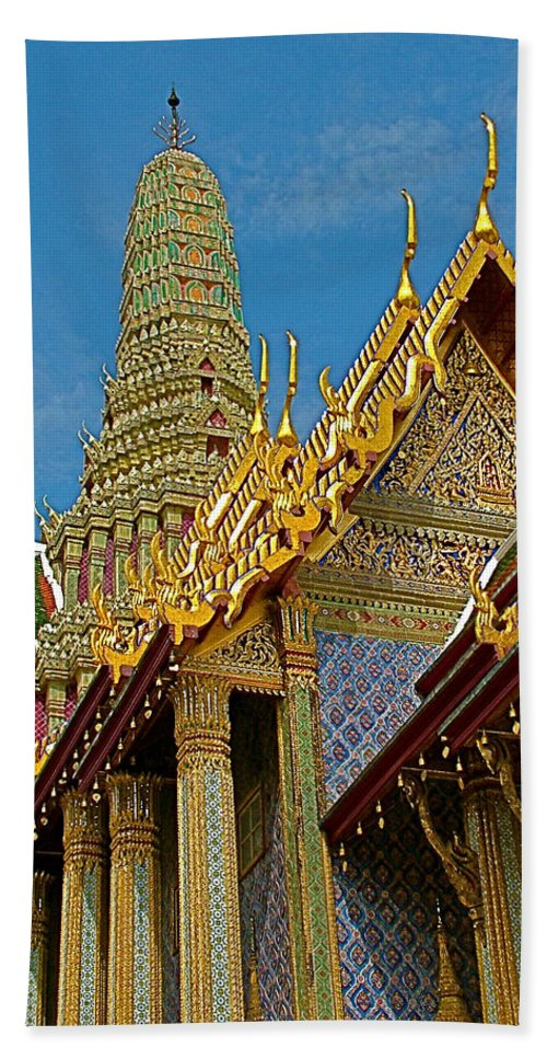 Thai-khmer Pagoda At Grand Palace Of Thailand In Bangkok Hand Towel featuring the photograph Thai-khmer Pagoda At Grand Palace Of Thailand In Bangkok by Ruth Hager