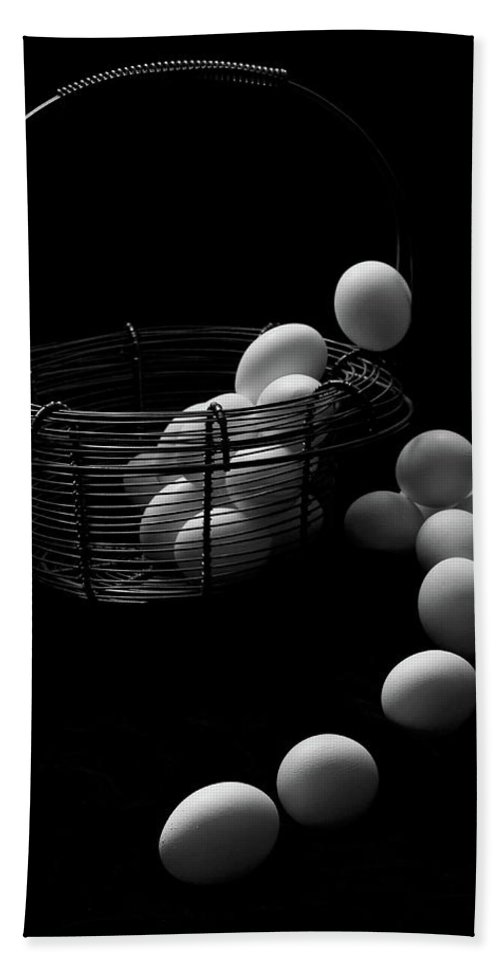 Escape Bath Sheet featuring the photograph The Great Eggscape by Jim Garrison