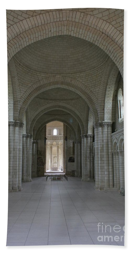 Nave Hand Towel featuring the photograph The Nave - Cloister Fontevraud by Christiane Schulze Art And Photography