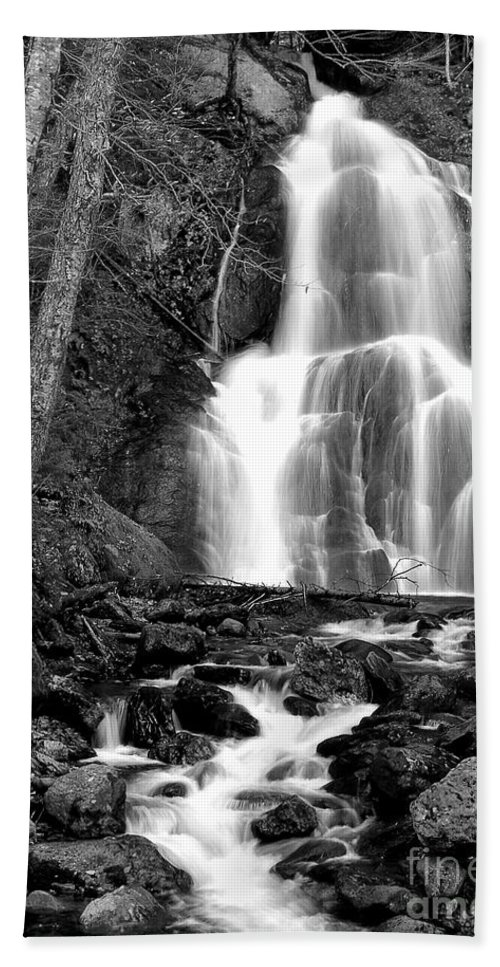 Waterfall Hand Towel featuring the photograph Moss Glen Falls by Mike Nellums
