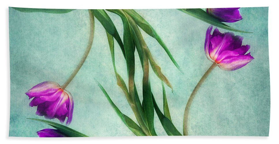 Tulips Bath Sheet featuring the photograph Twins by Claudia Moeckel