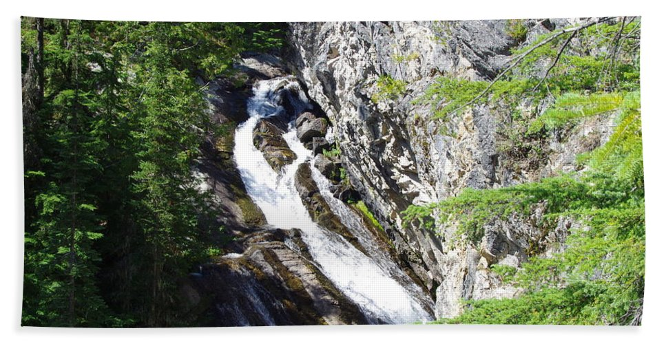 Water Falls Bath Sheet featuring the photograph Upper Granite Falls by Mike Wheeler