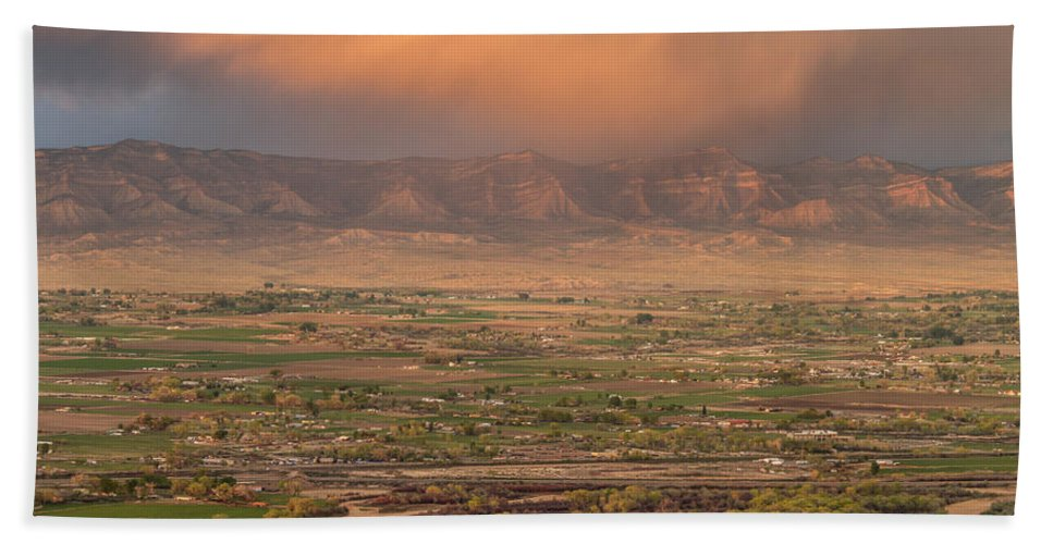 Colorado Bath Sheet featuring the photograph Valley Sunset by Jeff Stoddart