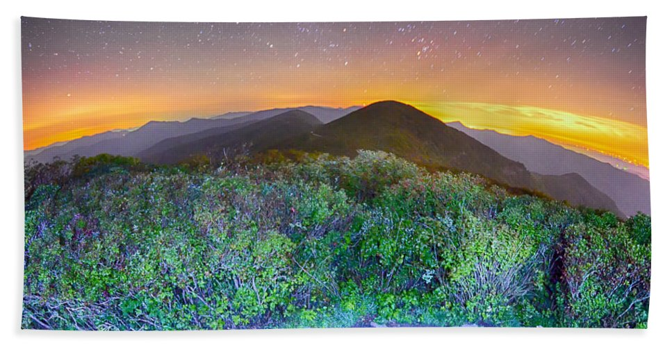 Gardens Bath Sheet featuring the photograph View Of The Appalachians From Craggy Pinnacle Near The Blue Ridg by Alex Grichenko
