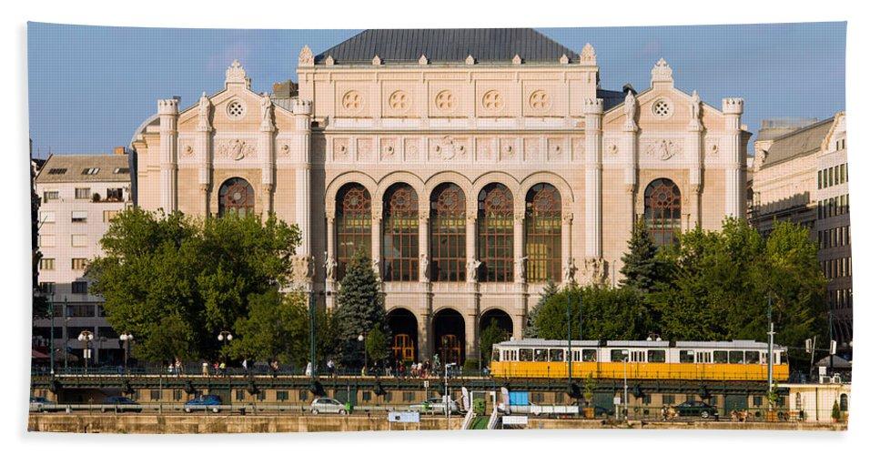 Vigado Bath Sheet featuring the photograph Vigado Concert Hall In Budapest by Artur Bogacki