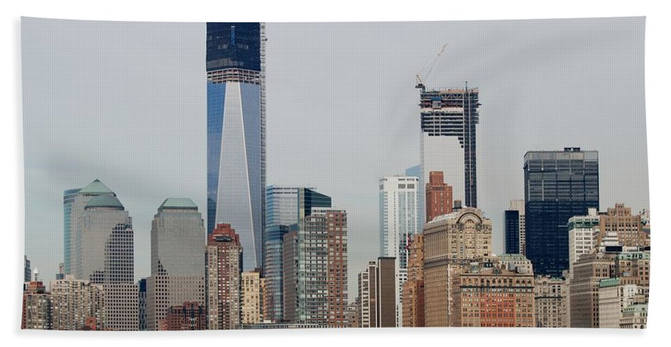 Wtc Hand Towel featuring the photograph 1 W T C And Lower Manhattan by Rob Hans