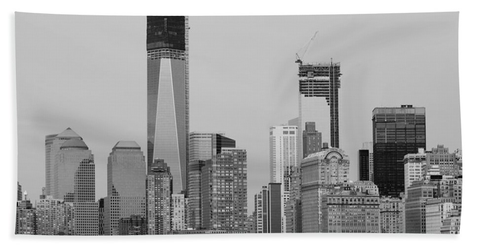 Wtc Hand Towel featuring the photograph 1 W T C And Lower Manhatten In Black And White by Rob Hans