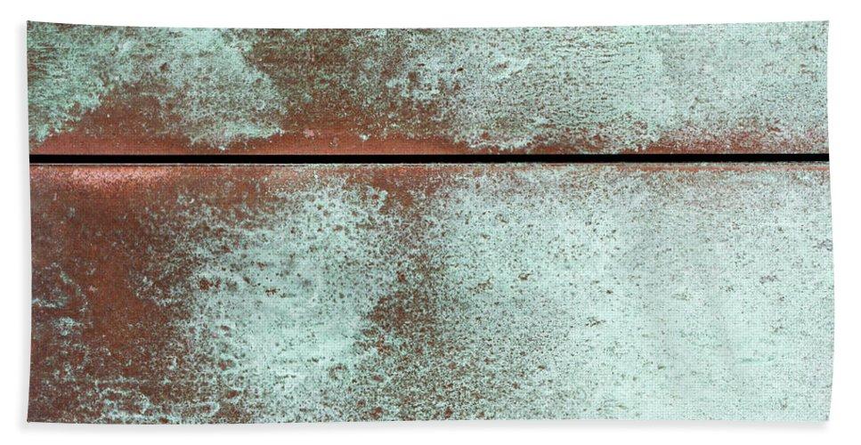Tin Bath Sheet featuring the photograph Well Worn by Heidi Smith