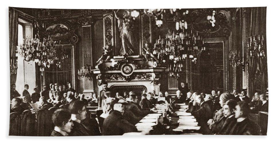 1919 Bath Sheet featuring the photograph World War I Paris, 1919 by Granger