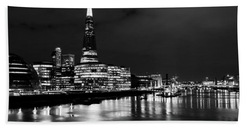 Shard Hand Towel featuring the photograph The Shard And Southbank London by David Pyatt