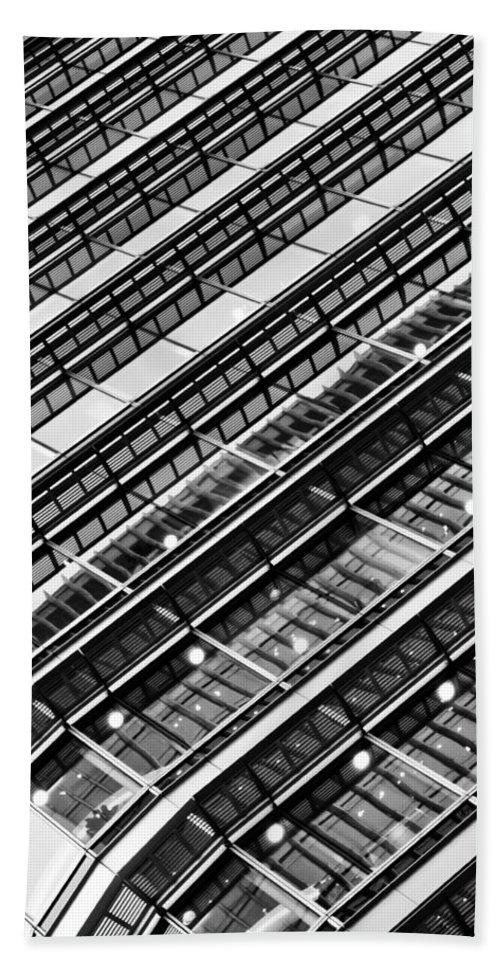Canary Wharf Bath Sheet featuring the photograph Canary Wharf London Abstract by David Pyatt