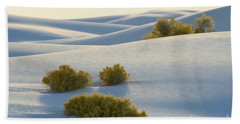 White Sands National Monument Bath Sheet featuring the photograph White Sands by John Shaw