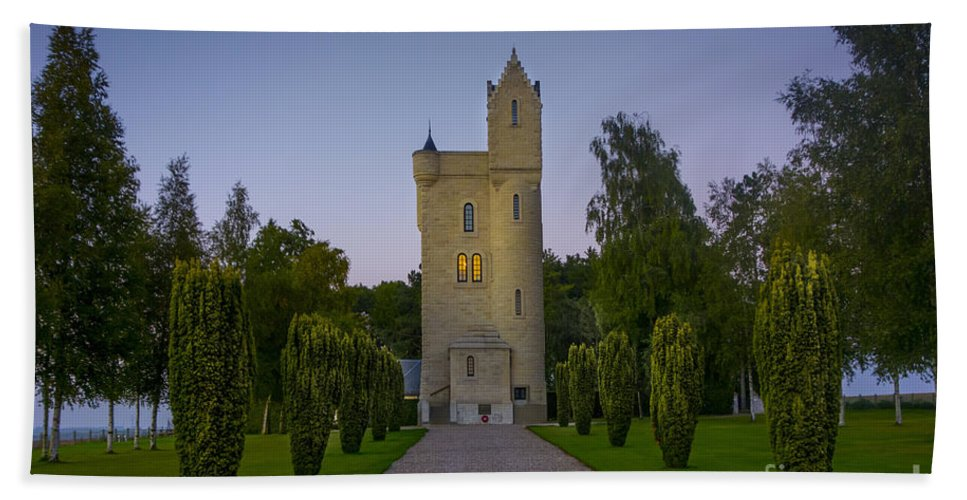 Ulster Hand Towel featuring the photograph 130918p156 by Arterra Picture Library