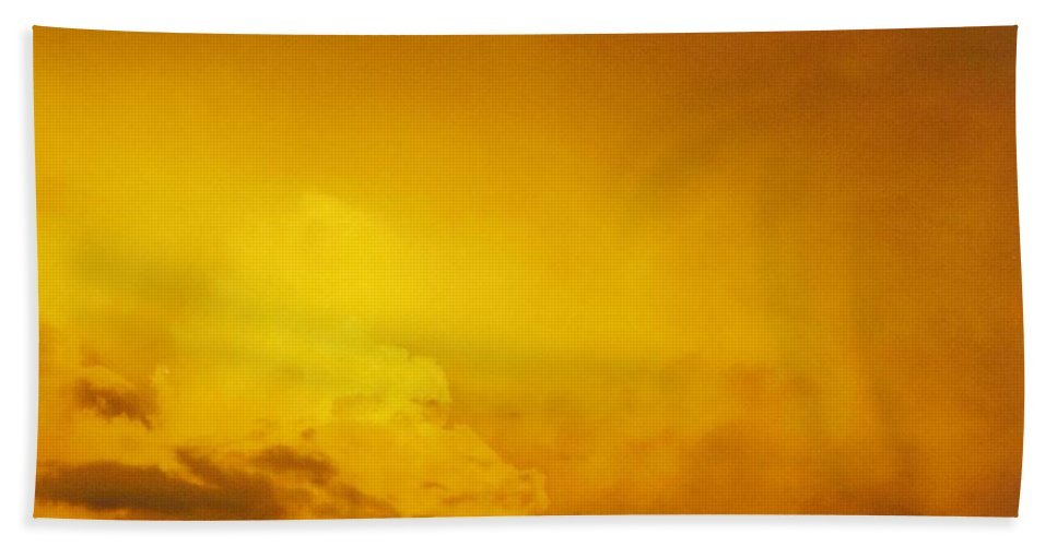 Bright Gold Bath Sheet featuring the photograph Sky Scape by Robert Floyd