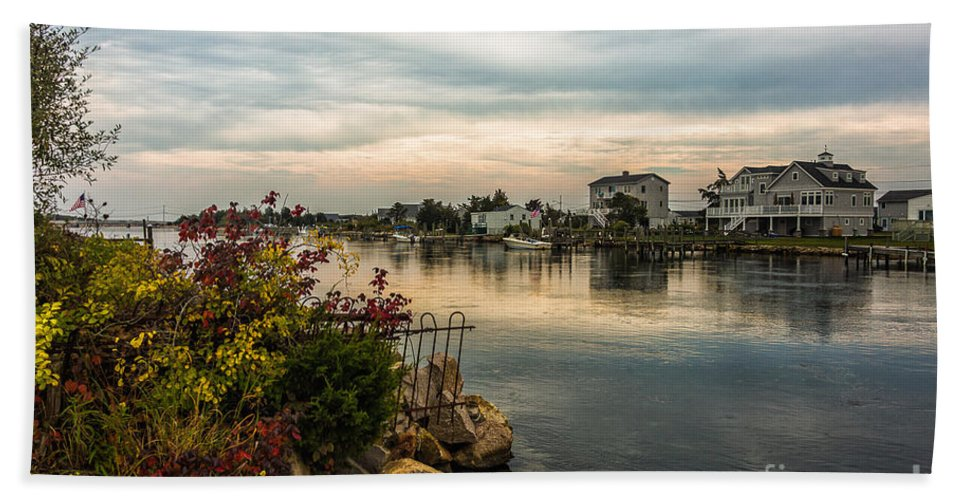 Seascape Hand Towel featuring the photograph 175a by Rrea Brown