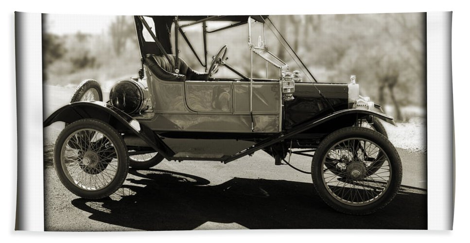 1911 Ford Model T Torpedo Hand Towel featuring the photograph 1911 Ford Model T Torpedo by Jill Reger