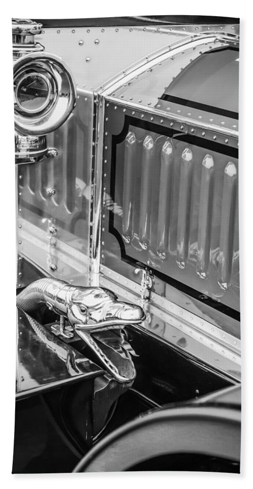 1912 Rolls-royce Silver Ghost Rothchild Et Fils Style Limousine Snake Horn Bath Sheet featuring the photograph 1912 Rolls-royce Silver Ghost Rothchild Et Fils Style Limousine Snake Horn -0711bw by Jill Reger