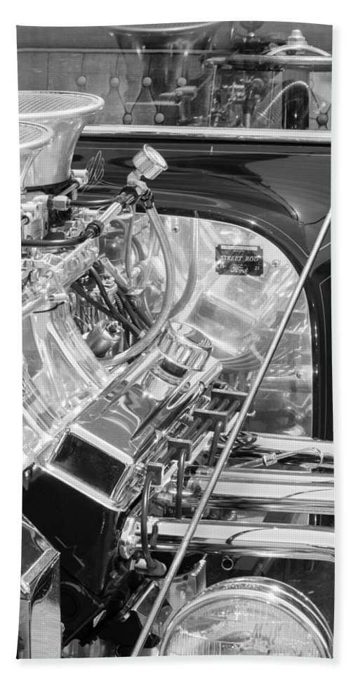 1923 Ford T-bucket Engine Hand Towel featuring the photograph 1923 Ford T-bucket Engine 2 by Jill Reger