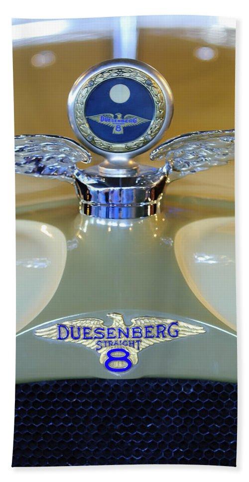 1926 Duesenberg Model A Dual Windshield Phaeton Hand Towel featuring the photograph 1926 Duesenberg Model A Boyce Motometer by Jill Reger