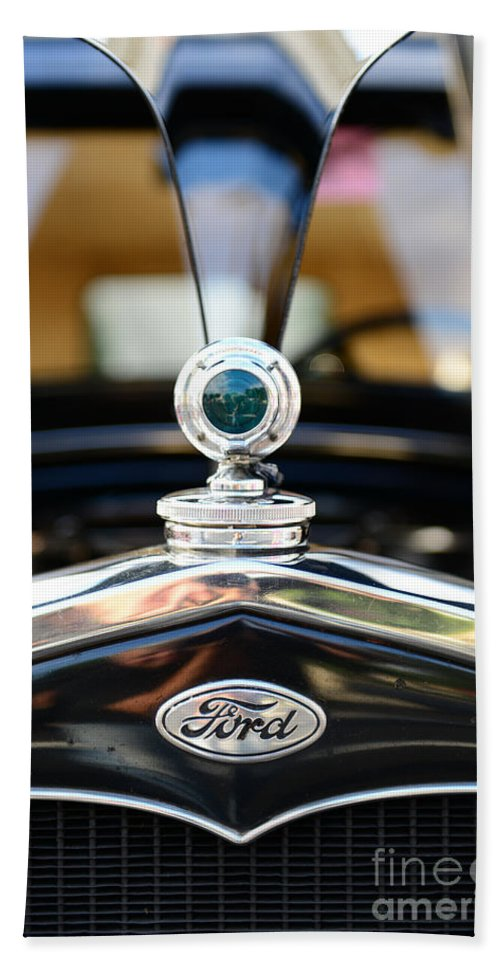 1931 Ford Model A Hand Towel featuring the photograph 1931 Ford Model A by Paul Ward