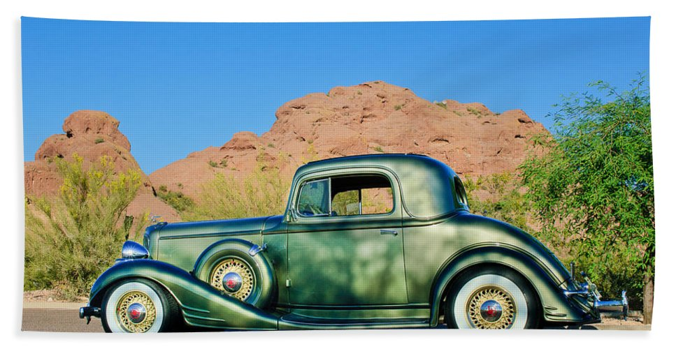 1933 Pontiac Hand Towel featuring the photograph 1933 Pontiac -0008c by Jill Reger