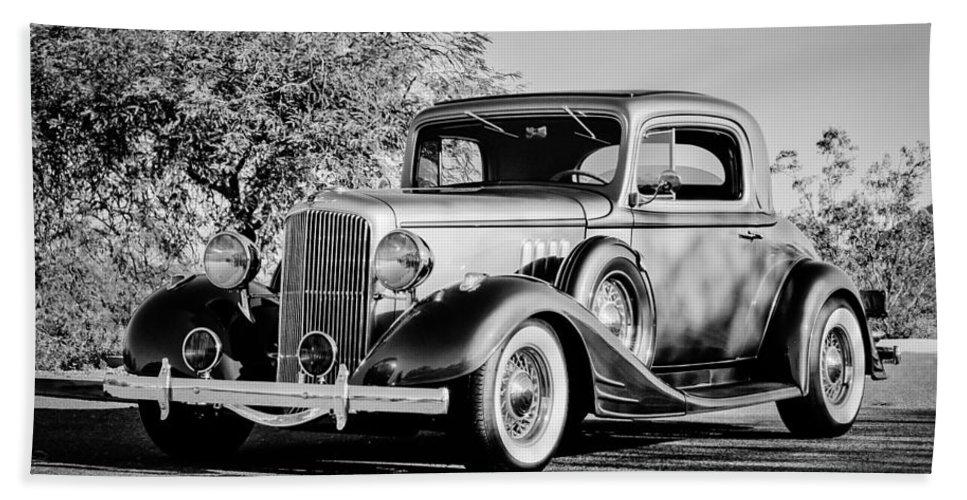 1933 Pontiac Bath Sheet featuring the photograph 1933 Pontiac -0011bw by Jill Reger