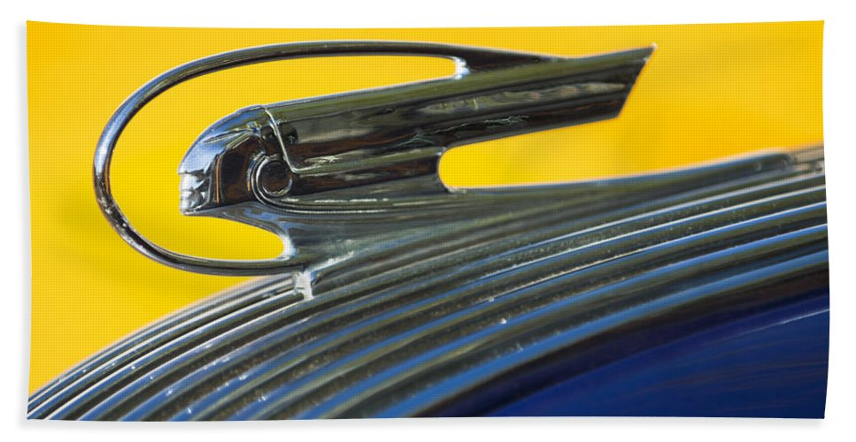 1936 Pontiac Bath Sheet featuring the photograph 1936 Pontiac Hood Ornament 2 by Jill Reger