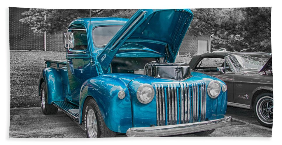 19467 Ford Hand Towel featuring the photograph 1946 Ford Pickup by Guy Whiteley