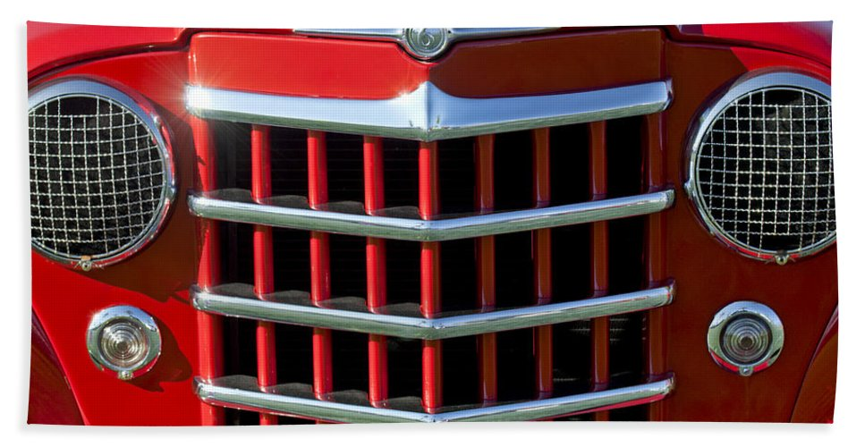 1950 Willys Jeepster Hand Towel featuring the photograph 1950 Willys Jeepster Gtille by Jill Reger
