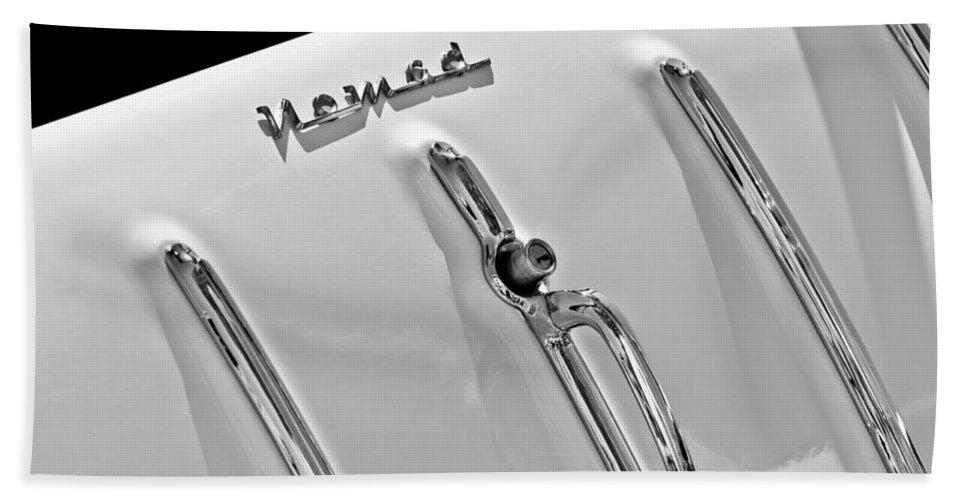 1955 Chevrolet Belair Nomad Tailgate Emblem Hand Towel featuring the photograph 1955 Chevrolet Belair Nomad Tailgate Emblem by Jill Reger