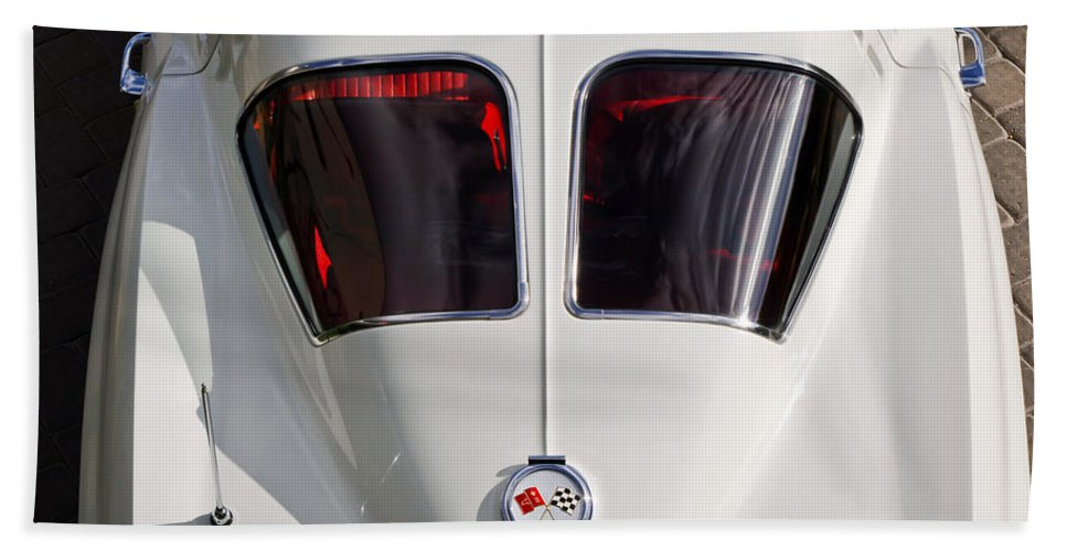 1963 Chevrolet Corvette Bath Sheet featuring the photograph 1963 Chevrolet Corvette Split Window -399c by Jill Reger