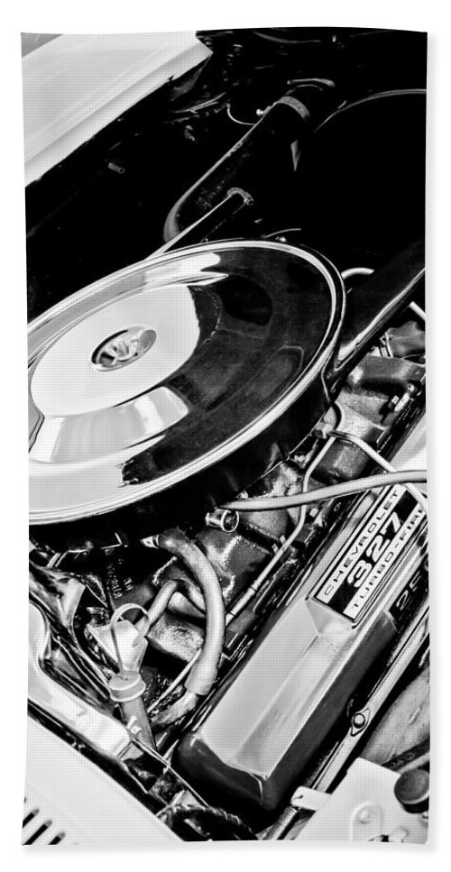1963 Chevrolet Corvette Split Window Engine Hand Towel featuring the photograph 1963 Chevrolet Corvette Split Window Engine -147bw by Jill Reger