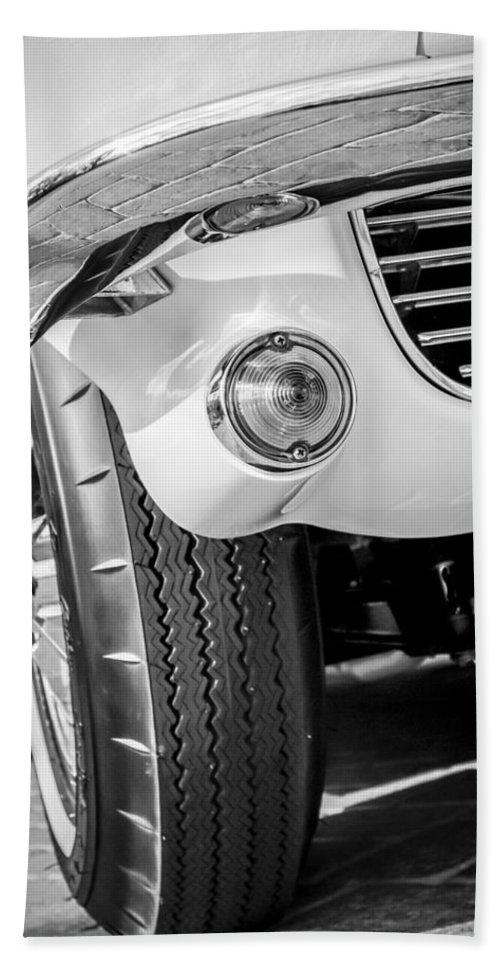 1963 Chevrolet Corvette Split Window Grille Bath Sheet featuring the photograph 1963 Chevrolet Corvette Split Window Grille -209bw by Jill Reger