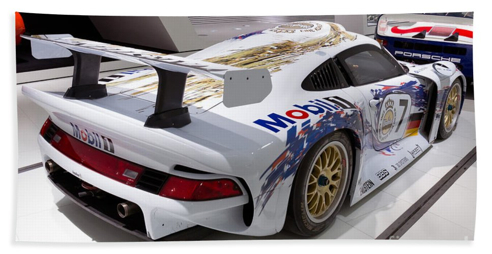 3d Hand Towel featuring the photograph 1996 Porsche 911 Gt1 by Paul Fearn