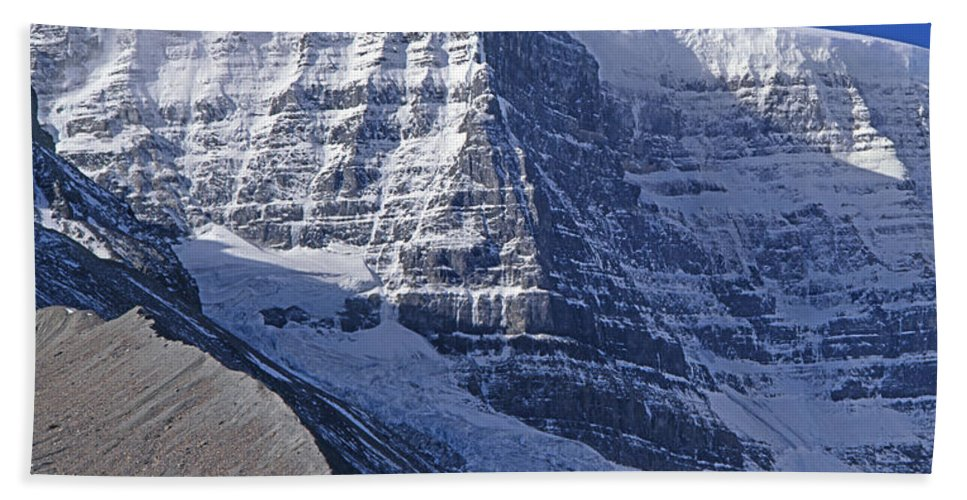 Snow Dome Bath Towel featuring the photograph 1m3732-v-snow Dome by Ed Cooper Photography