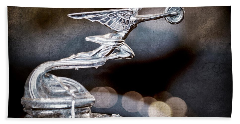 1930 Packard Model 733 Convertible Coupe Hood Ornament Hand Towel featuring the photograph 1930 Packard Model 733 Convertible Coupe Hood Ornament by Jill Reger