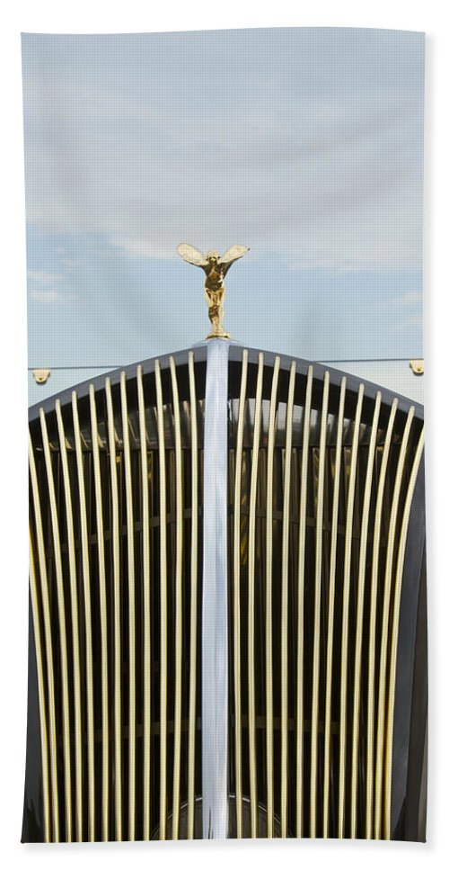Antique Hand Towel featuring the photograph 1937 47 Rolls Royce by Jack R Perry