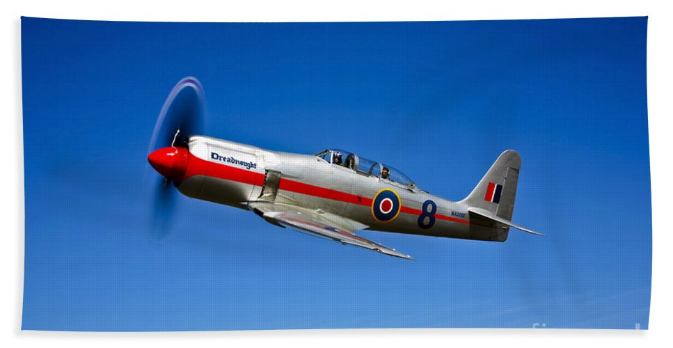 Horizontal Bath Sheet featuring the photograph A Hawker Sea Fury T.mk.20 Dreadnought by Scott Germain