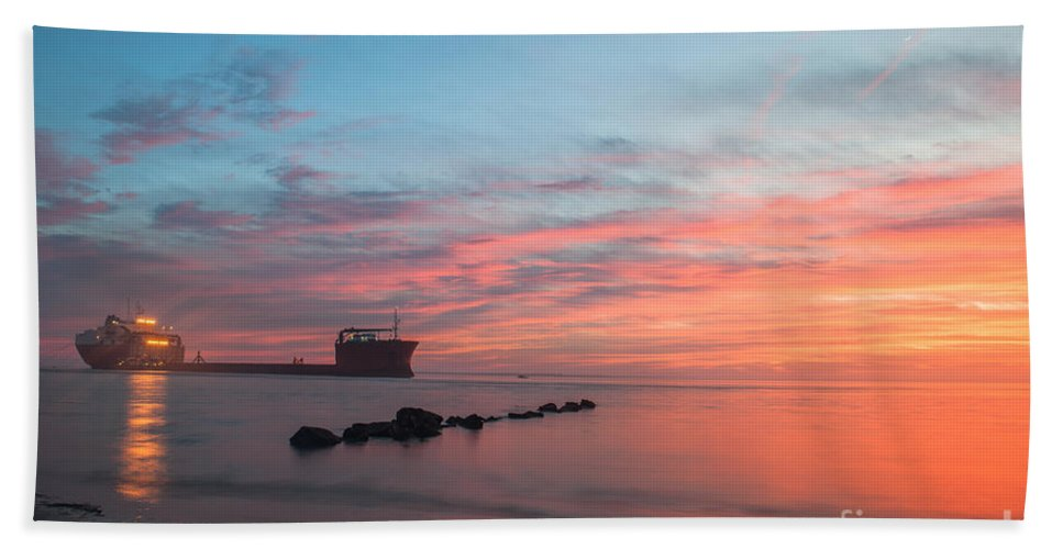 Sunset Hand Towel featuring the photograph Charleston Harbor Sunset by Dale Powell