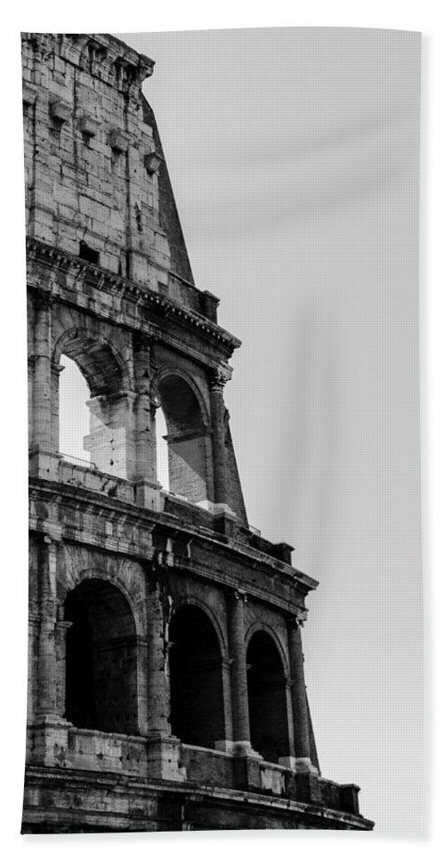 Colosseum Bath Sheet featuring the photograph Colosseum - Rome Italy by Andrea Mazzocchetti