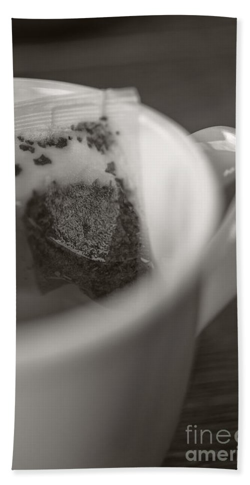 Cafe Bath Towel featuring the photograph Cup Of Tea by Edward Fielding
