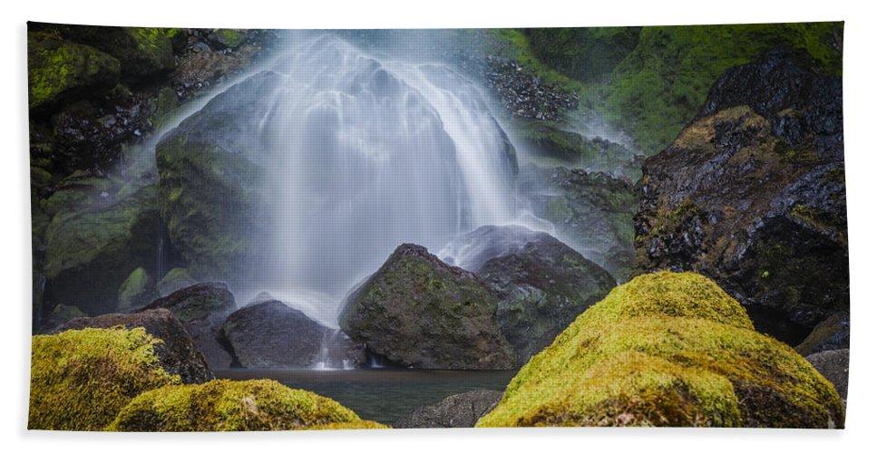 America Bath Sheet featuring the photograph Elowah Falls by Brian Jannsen